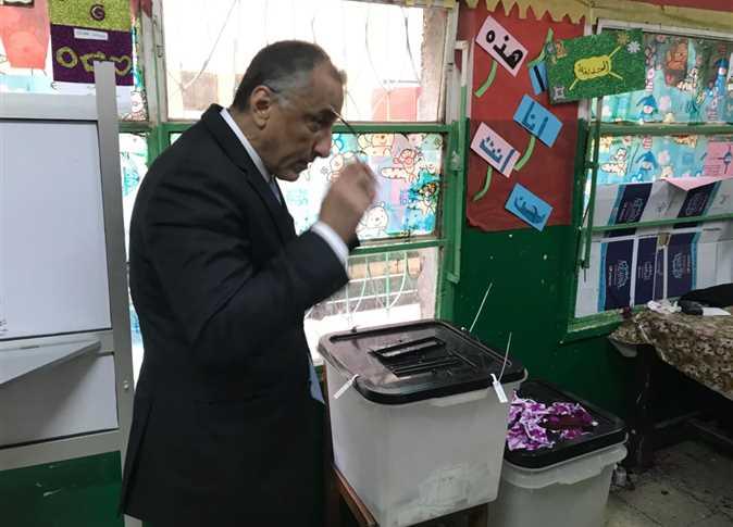صورة طارق عامر عقب التصويت في انتخابات الرئاسة: ندافع عن الاستقرار الاقتصادي