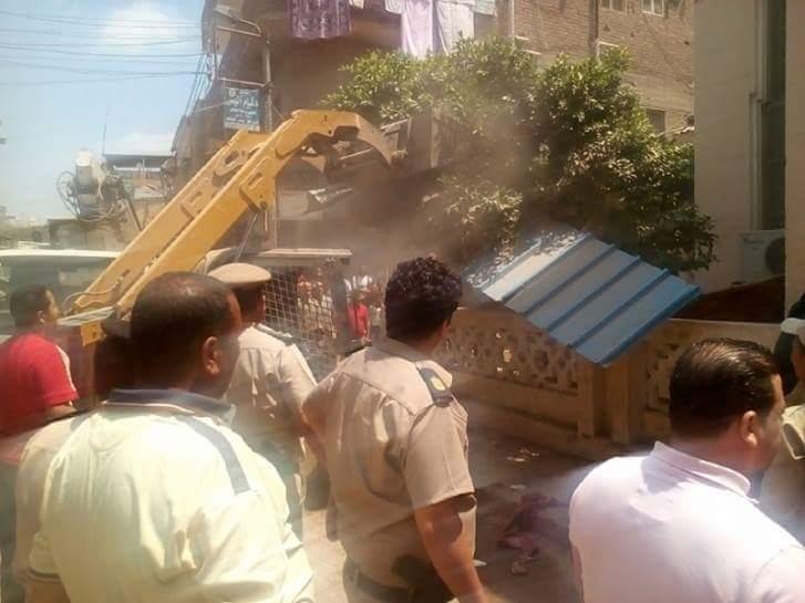 صورة حملة لأمن الشرقية بفاقوس لإزالة التعديات والاشغالات بالشوارع