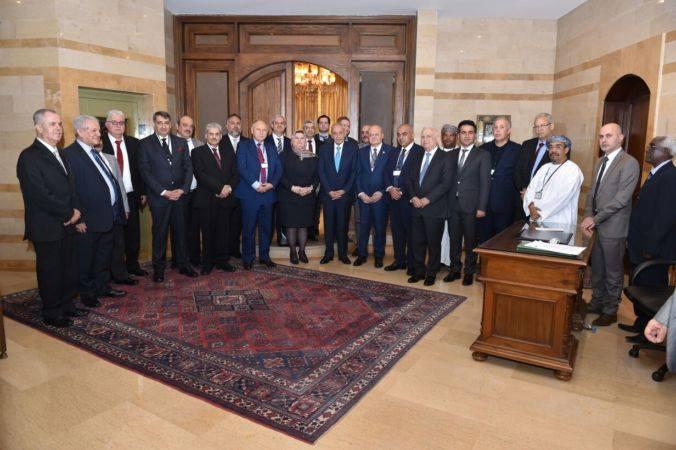 صورة رئيس جامعة الزقازيق يشارك في الدورة الحادية والخمسين من مؤتمر اتحاد الجامعات العربية