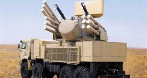 ذكرت وسائل إعلام لبنانية مقربة من إيران، اليوم الجمعة، أن روسيا توصلت إلى اتفاق مع الجانب الإيراني لوضع طائرات روسية في إيران. وأوضحت أن روسيا أمدت الجيش السوري بحوالي 40 منظومة صواريخ اعتراضية من طراز بانتسير إس 1، خشية من الضربة الأمريكية المحتملة على سوريا. وكانت وسائل إعلام أمريكية قد أشارت إلى تحرك أكبر مجموعة حربية إلى منطقة الشرق الأوسط، منذ الغزو الأمريكي للعراق، وذلك للمشاركة في الضربة المحتملة على سوريا.