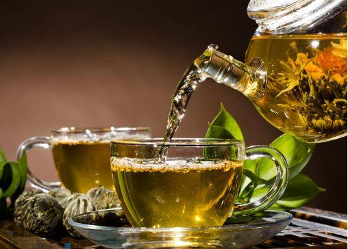 صورة مشروبات تناولها طوال رمضان يجنب الشعور بالعطش