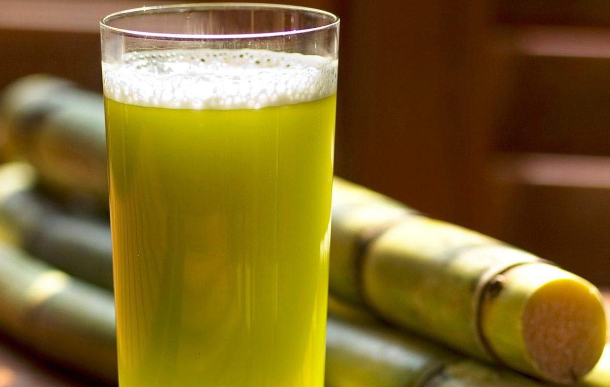 صورة فوائد تناول كوب من عصير القصب عقب الإفطار
