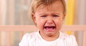 بكاء طفل