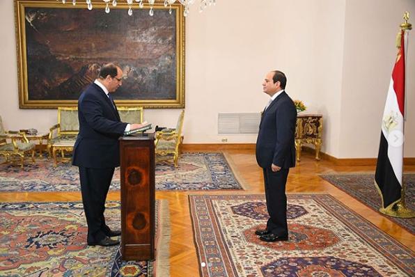 عباس كامل رئيس جهاز المخابرات العامة