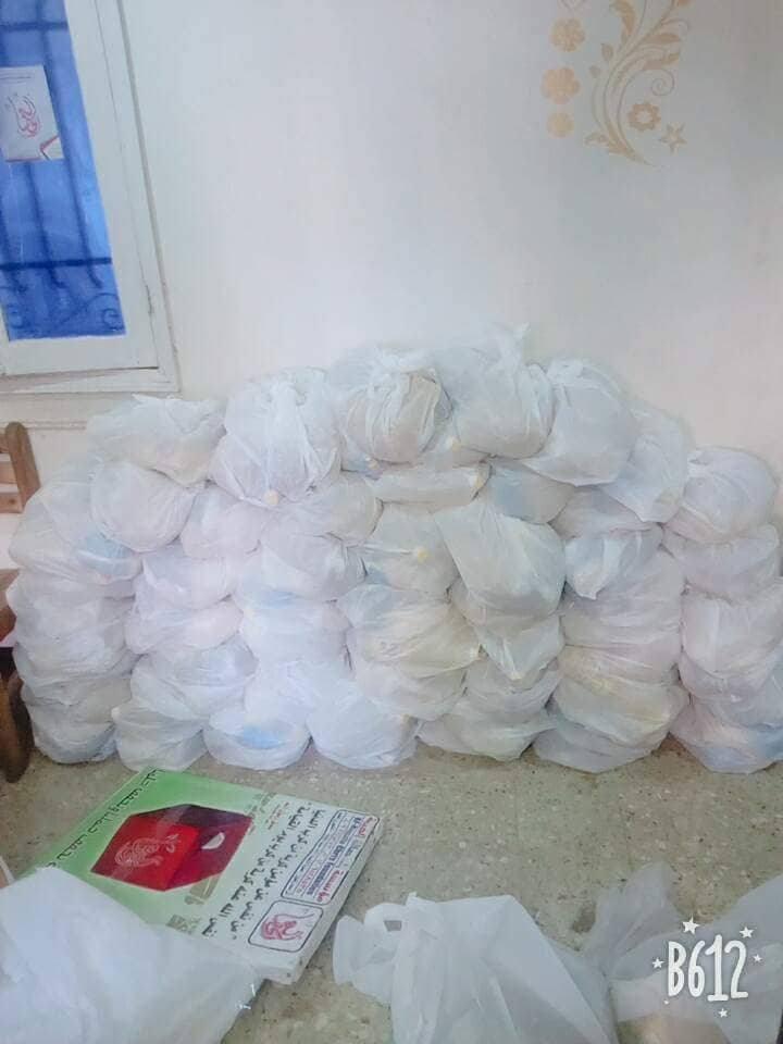مؤسسة حصالة الخيرية بالزقازيق توزع 830 كرتونة