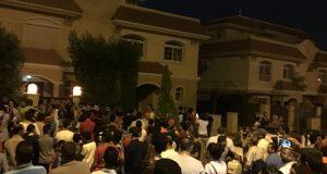 قوات الأمن تصل أمام منزل محمد صلاح