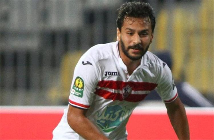 صورة أحمد رفعت يكشف سر انعزاله عن لاعبي الزمالك