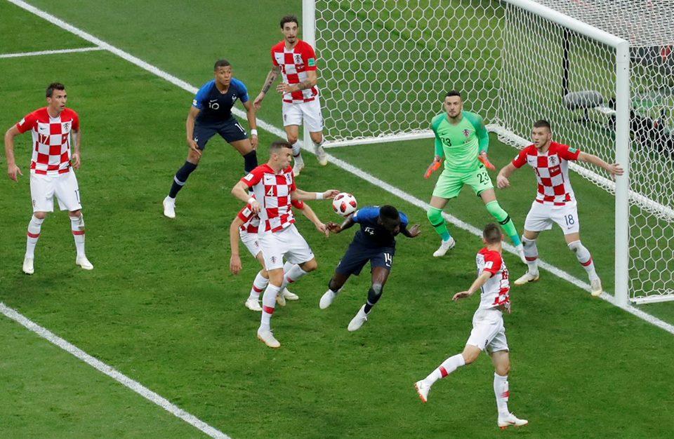 صورة فرنسا تفوز بكأس العالم 2018 بعد رباعية في مرمى كرواتيا