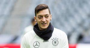 ألمانيا تفتح النار على مسعود أوزيل