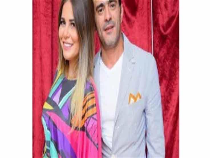 حسين فهمي تتزوج من طارق جميل سعيد