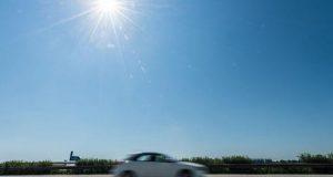 أضرار ركن السيارات أسفل أشعة الشمس