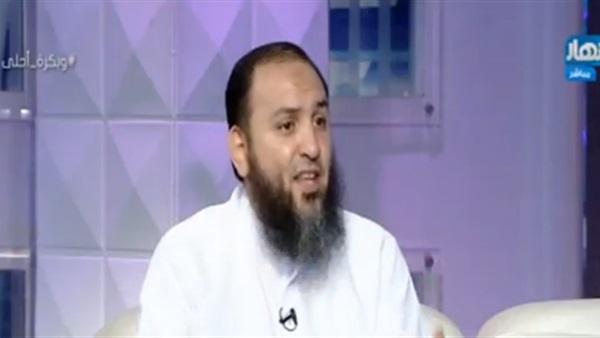 صورة داعية إسلامي: ننفق 13 مليار جنيه سنويًا على الدجل