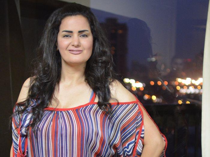 صورة سما المصري تعلق على خلع حلا شيحة الحجاب