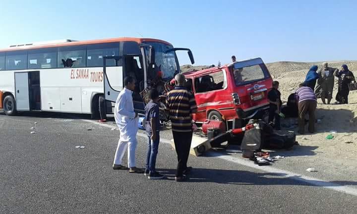 8 أشخاص وإصابة 14 آخرين فd حادث تصادم بمرسى علم