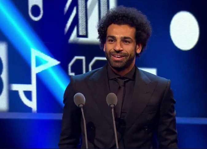 صورة رونالدو يعلق على فوز محمد صلاح بجائزة «بوشكاش»