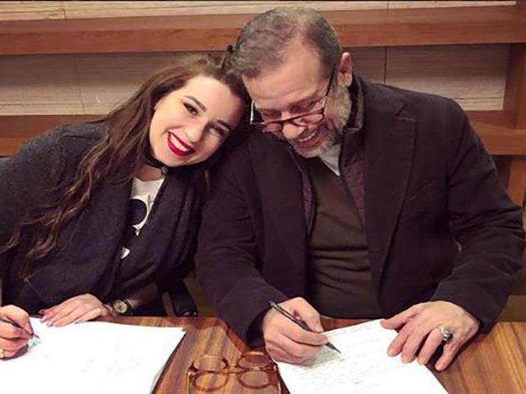 صورة موعد عرض برنامج شريف منير وابنته على «on E»