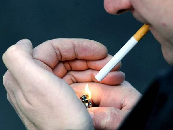 الصحة تكشف عقوبة التدخين في المصالح الحكومية