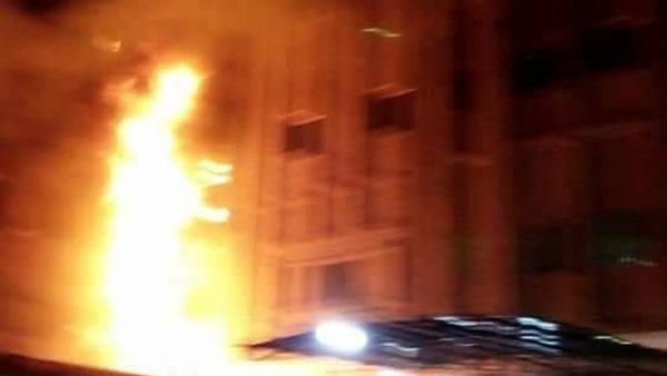 صورة وفاة طفلين بحريق مروع بشقة بالشرقية