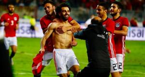 محمد صلاح يرد على طفلة مباراة مصر وتونس