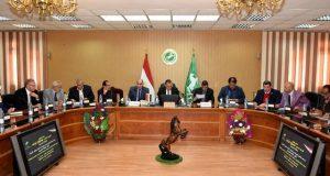 محافظ الشرقية يوجه تكليف لوكيل وزارة الصحة ويلتقي بأعضاء البرلمان