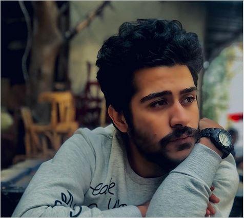صورة المطرب أحمد كامل يكشف تفاصيل ما تعرض له خلال حفله الأخير