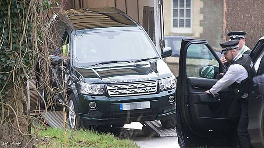 صورة الشرطة البريطانية تحذر الأمير فيليب بسبب حزام الأمان