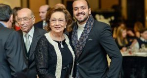 خبير مجوهرات يكشف قيمة الألماس في قلادة سوزان مبارك