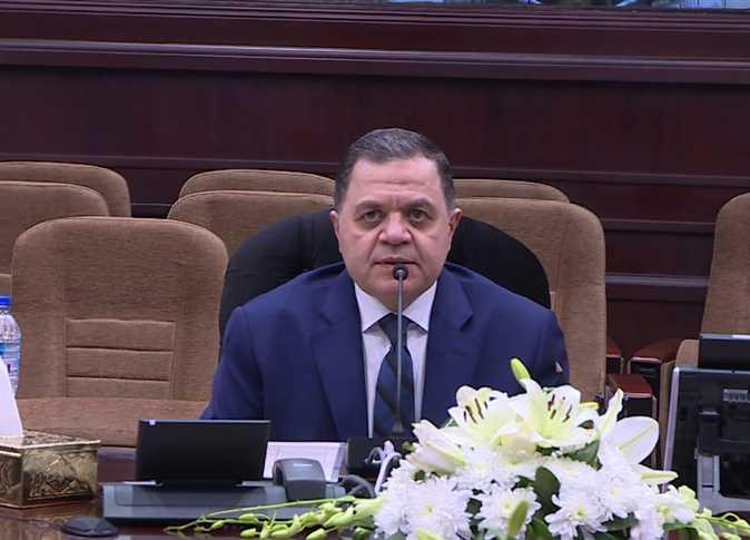 صورة قرار من وزير الداخلية بشأن نزلاء السجون
