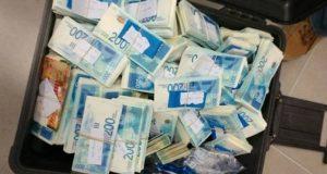 إسرائيل تخصم 138 مليون دولار من الضرائب التي تسلم للفلسطينيين