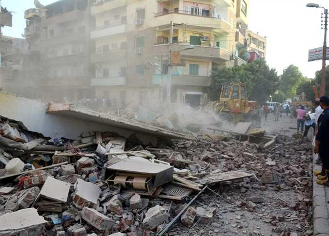 إصابة 6 أشخاص في انهيار طابق بالدور الثالث بالعلمين الجديدة