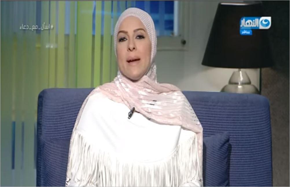 دعاء فاروق تعلق على وفاة مسنة في بيتها وحيدة