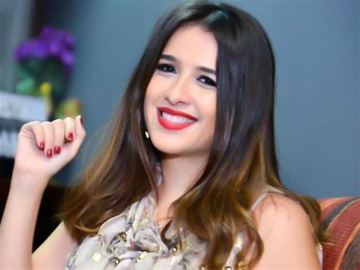 اخو ياسمين عبد العزيز