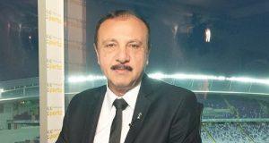 محسن صالح يلوم لاعب الأهلي بسبب هذا الشئ