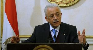 وزير التعليم يصدم المعلمين بشأن زيادة رواتبهم