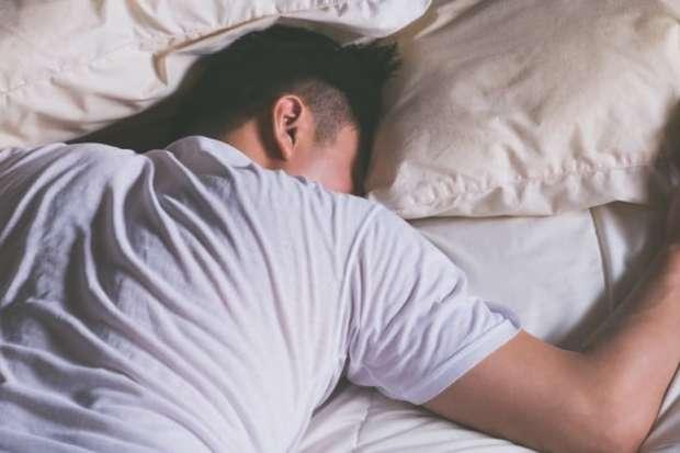 أسباب قد تتسبب في موتك أثناء النوم