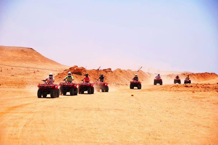إنقاذ 11 صيني ضلوا طريق العودة في رحلة بالفيوم