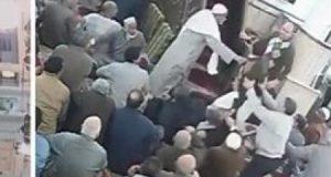 الاعتداء على إمام مسجد أثناء خطبة الجمعة