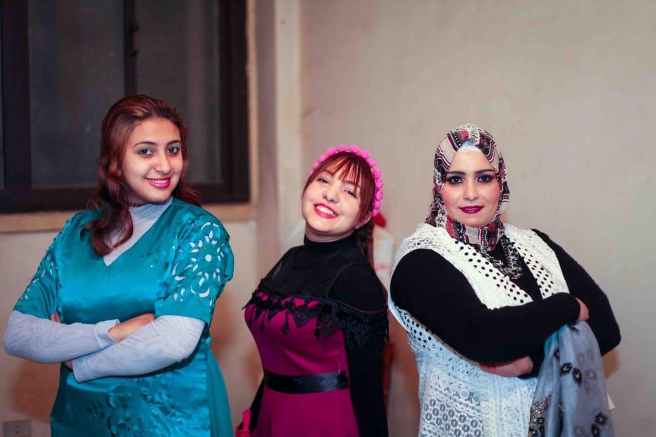 بدء عرض مسرحية «عند الموقد» بقصر ثقافة منيا القمح