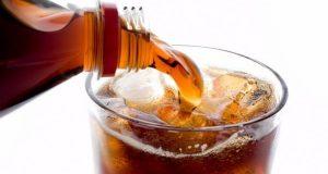 لن تصدق ما تفعله المشروبات الغازية بجسدك