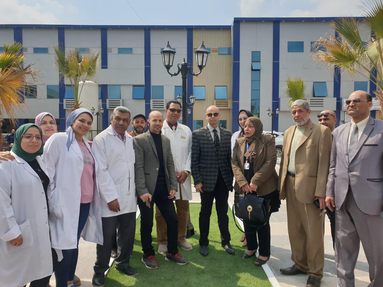 صورة وكيل صحة الشرقية بمستشفى القنايات لمتابعة 100 مليون صحة