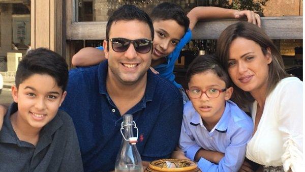 صورة زوجة أحمد ميدو تعلق على إقالته من الوحدة السعودي