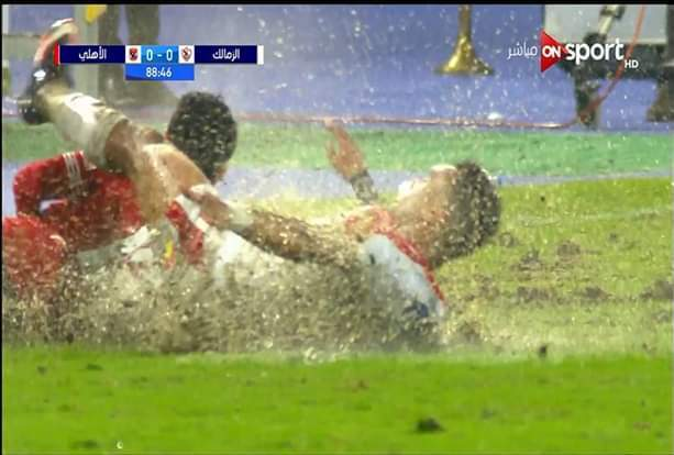صورة موجة من السخرية تجتاح السوشيال ميديا بعد مباراة القمة بين الزمالك والأهلي