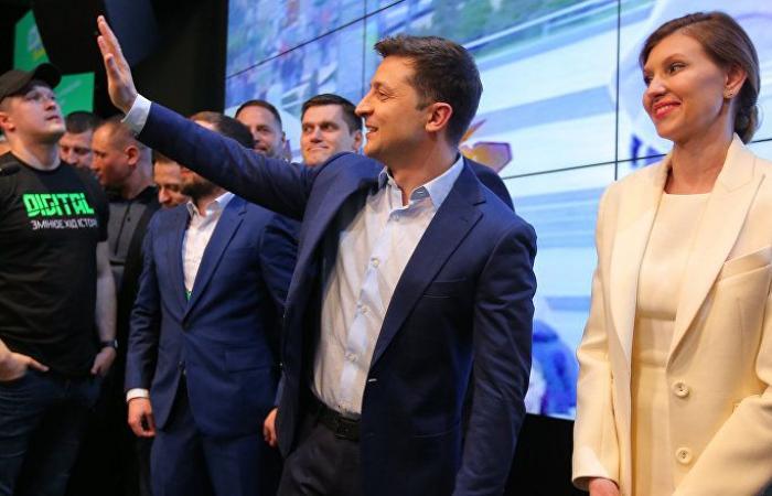 الممثل الكوميدي زيلينسكي رئيسا لأوكرانيا