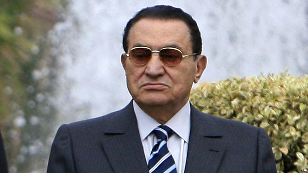 صورة أحدث صورة لحسني مبارك