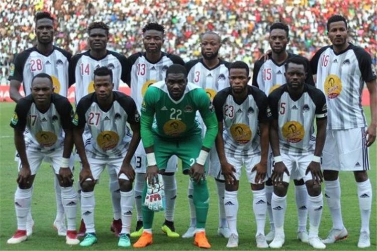 صورة مازيمبي يتأهل لنصف نهائي دوري أبطال أفريقيا بعد فوزه على سيمبا برباعية