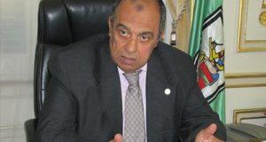 وزير الزراعة يصل الشرقية لتفقد حقول القمح