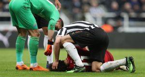 إصابة محمد صلاح في مباراة نيوكاسل