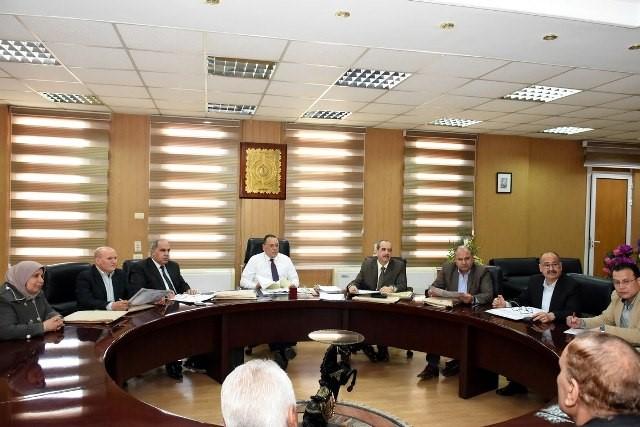 محافظ الشرقية يختار مدير عام الإدارة العامة لشئون الخدمة بالديوان