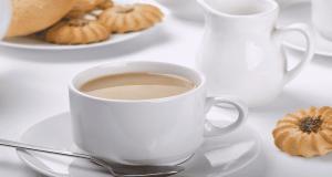 الشاي باللبن