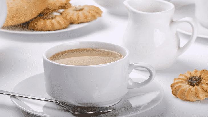 صورة احذر تناول الشاي باللبن في أول أيام عيد الفطر